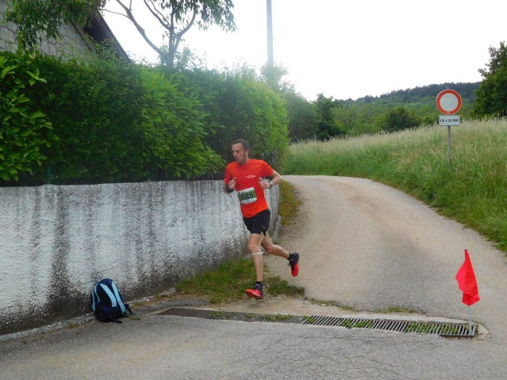 04 runner