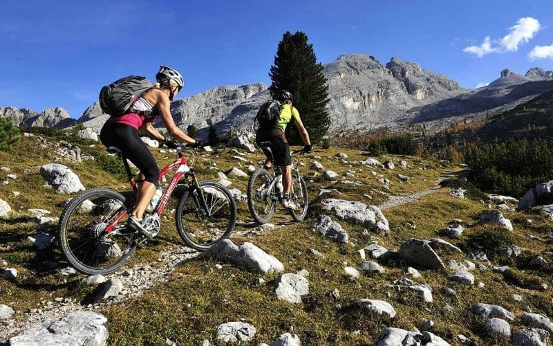 cicloescursionismo alta-badia-mountainbike-3