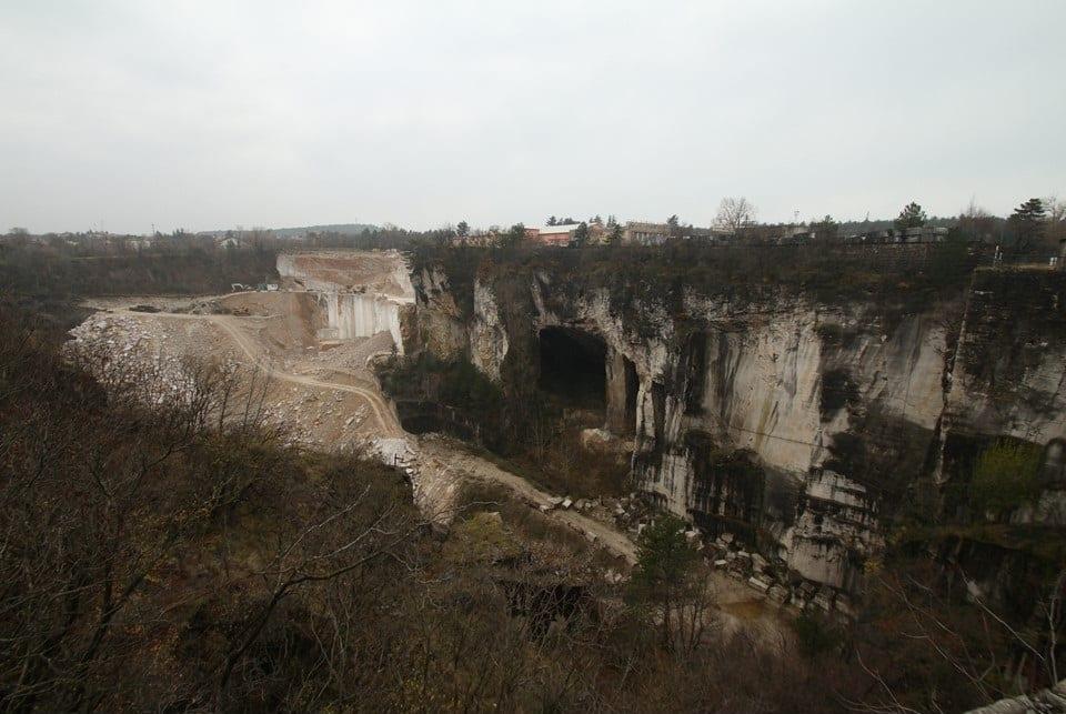 TAM cave Diapositiva2