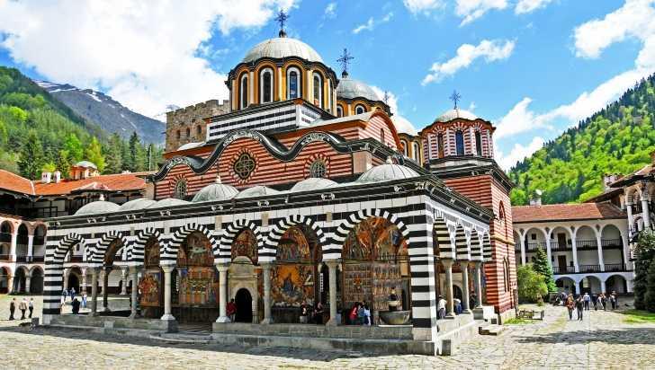 Bulgaria-monastero-di-Rila-esterno