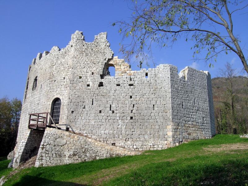 c esc castello di Toppo foto