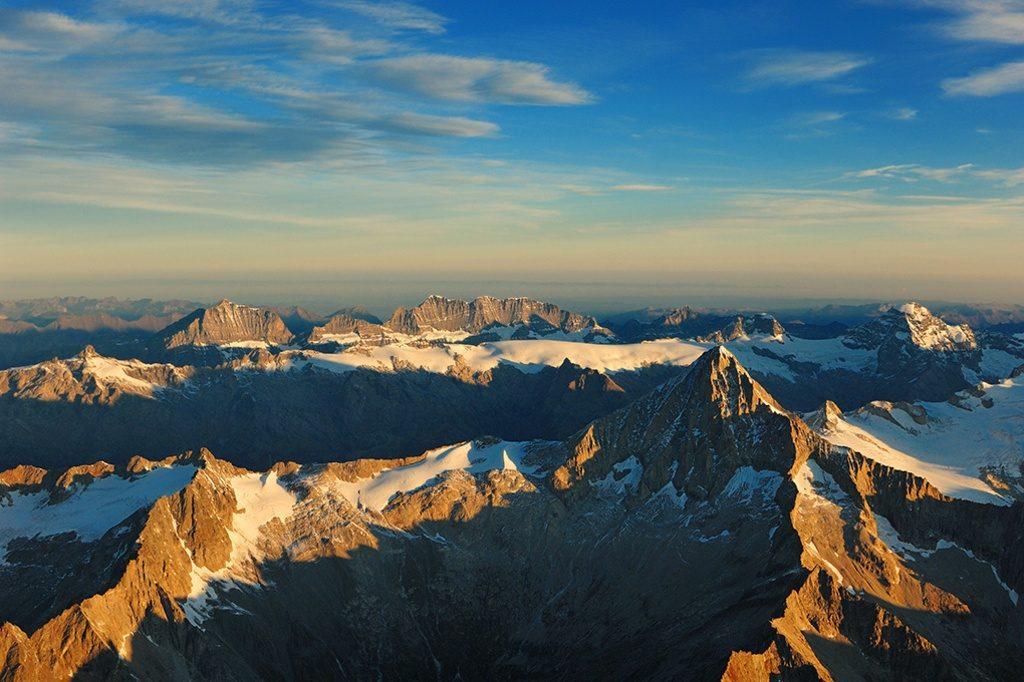 The Alps berneralpen062-32933766