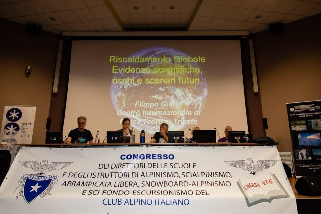 05 congresso valenti tavolo relatori