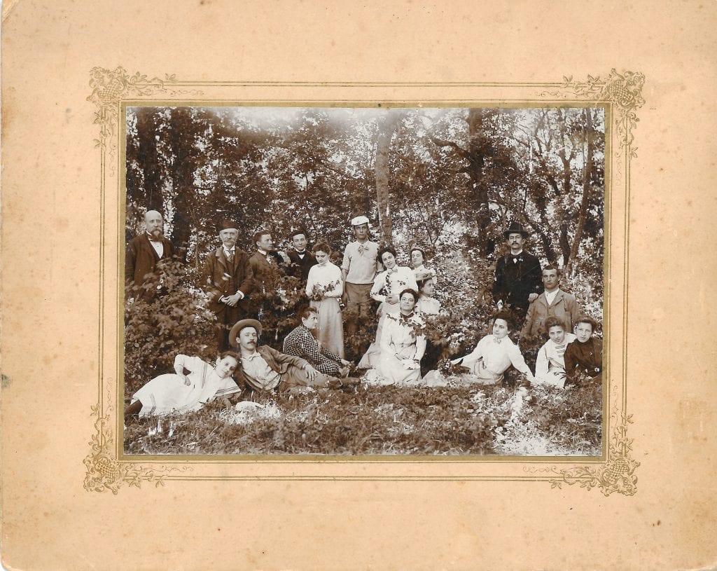 """1900 -  gruppo di gitanti nel """"Bosco di Lipiza"""""""