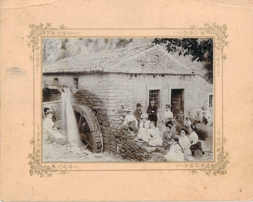 1900 - il mulino Misnik che sorgeva a monte del Rifugio Premuda